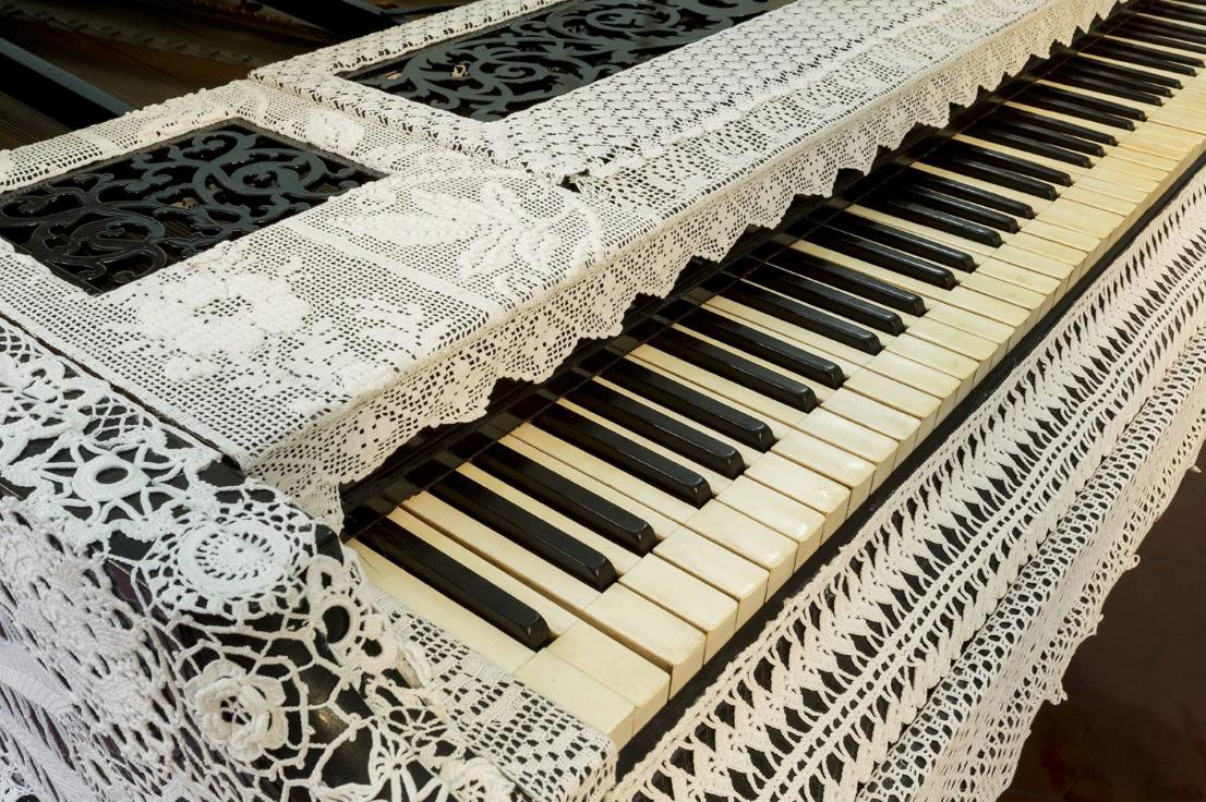 "Obra ""Piano dentelle"" de Joana Vasconcelos"